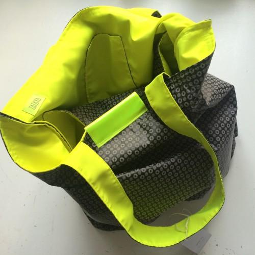 11b.czarne kółka:żółty fluo